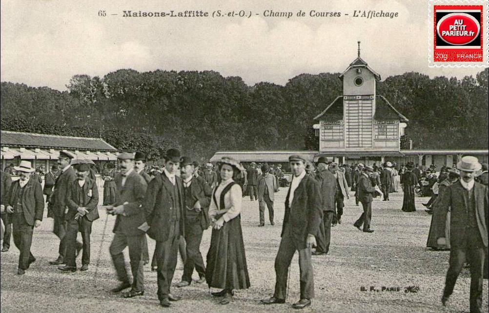 Maisons-Laffitte, le Champ de Courses et l'affichage.