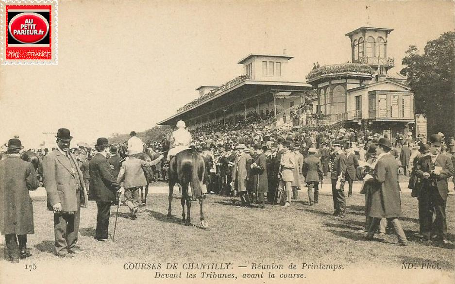 Quinté+ à Chantilly, réunion de Printemps, devant les tribunes avant la course.