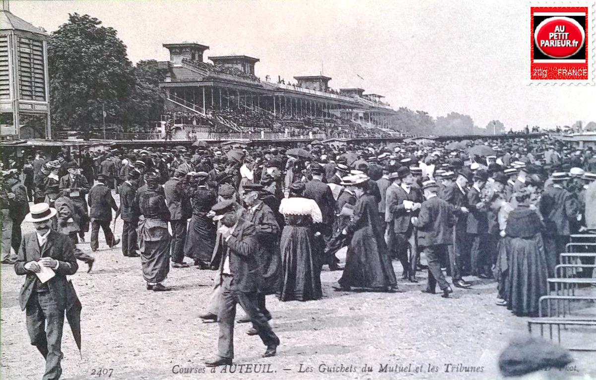 Auteuil, les guichets du Pari-Mutuel et les tribunes.