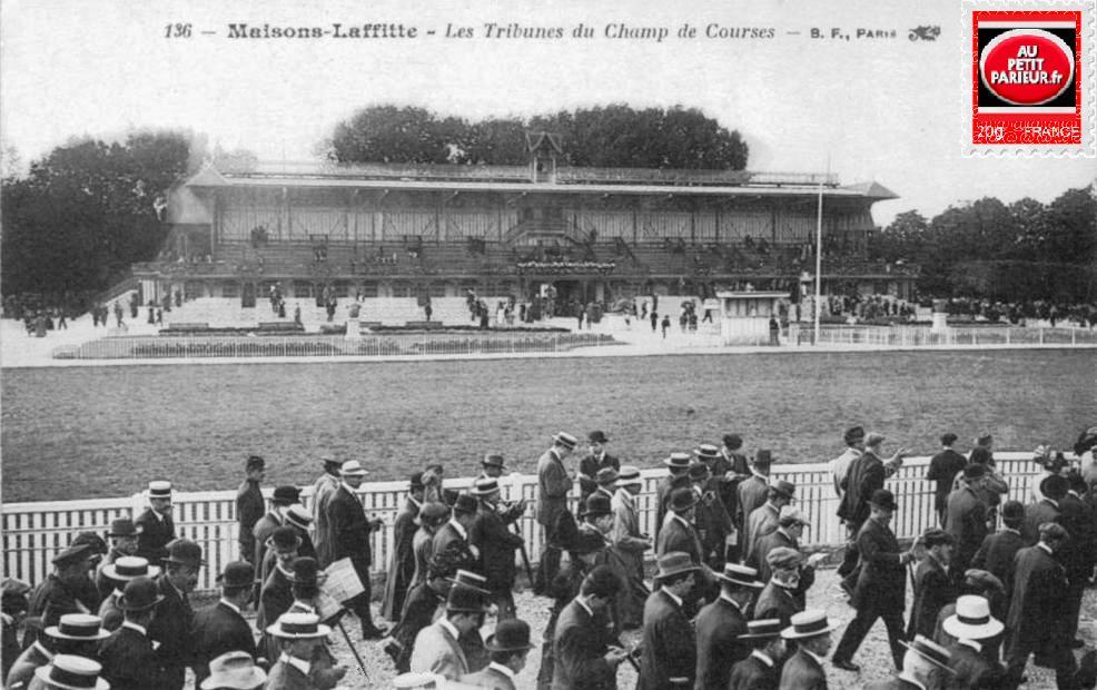 Maisons-Laffitte, les tribunes et le champ de courses.