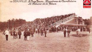 Deauville l'hippodrome et les tribunes.